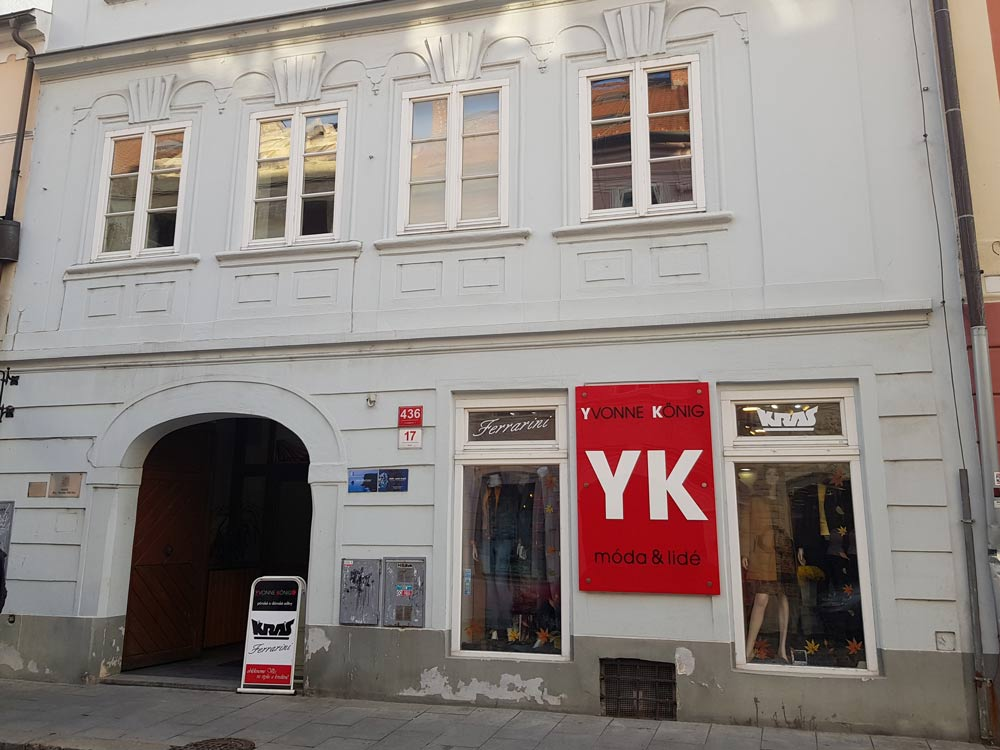 Prodejna Yvonne König v Českých Budějovicích